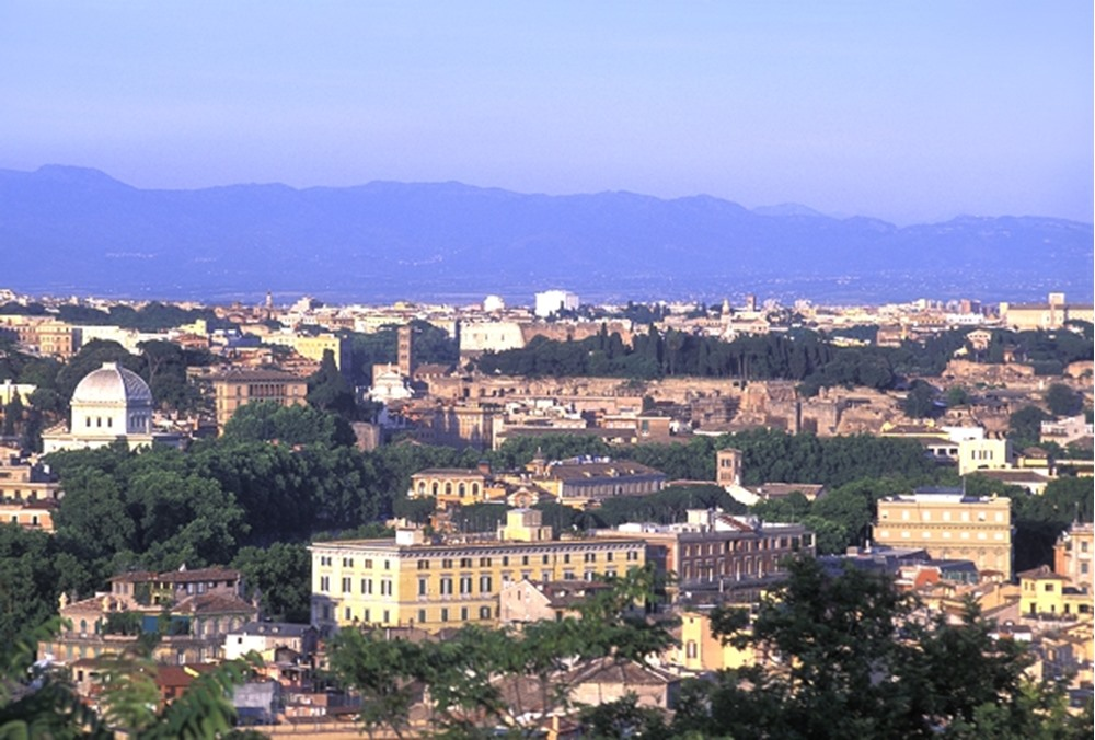 ITALY ROME VIEW OF THE ETERNAL CITY FROM JANICULUM HILL